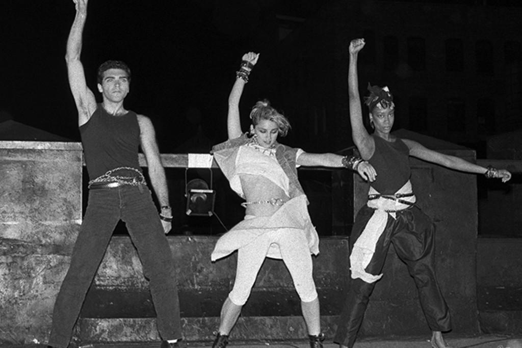 R-502_Madonna_1983_Gruen[1].jpg